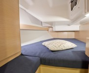 Impression 35 Aft Stbd Cabin_02